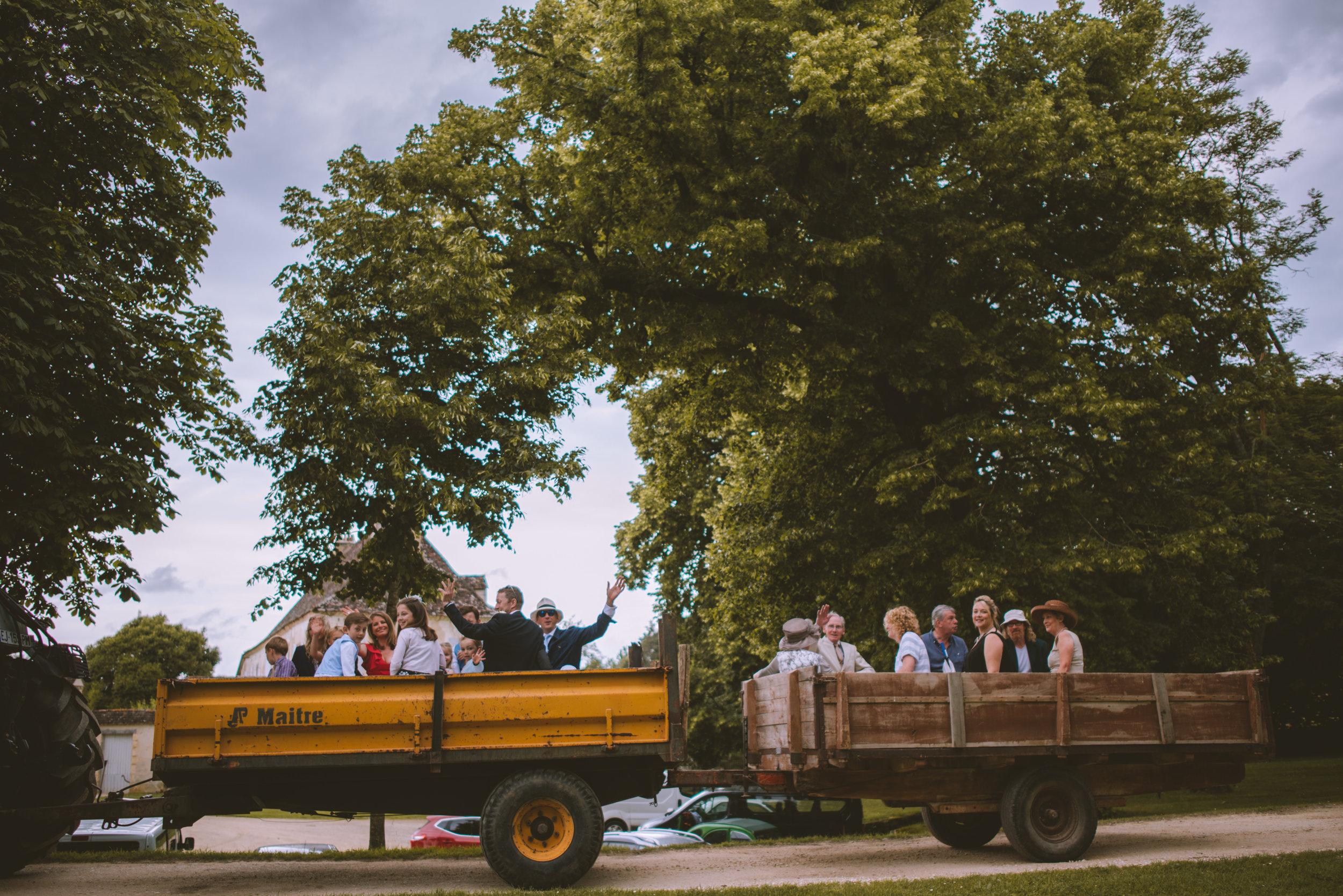 dordogne-wedding-photographer-17.jpg