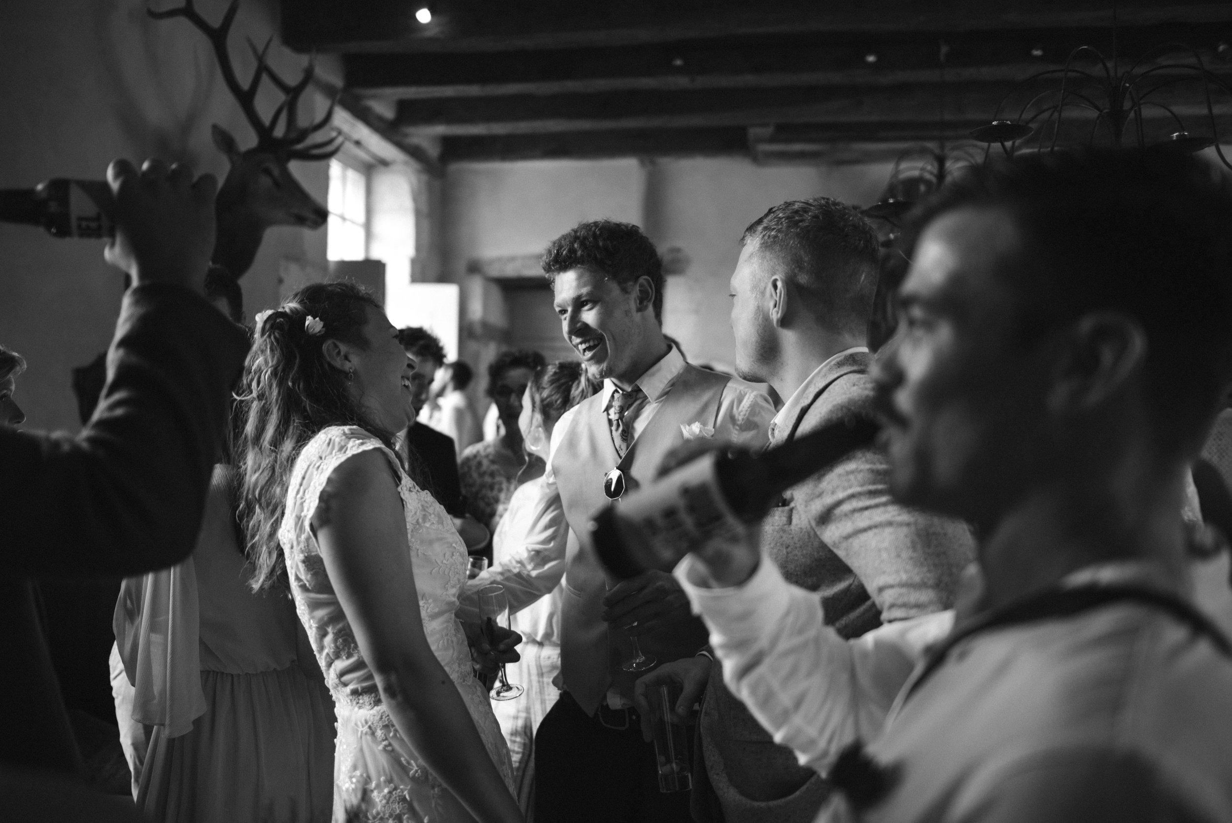 wedding-photographer-dordogne-mark-shaw-17.jpg