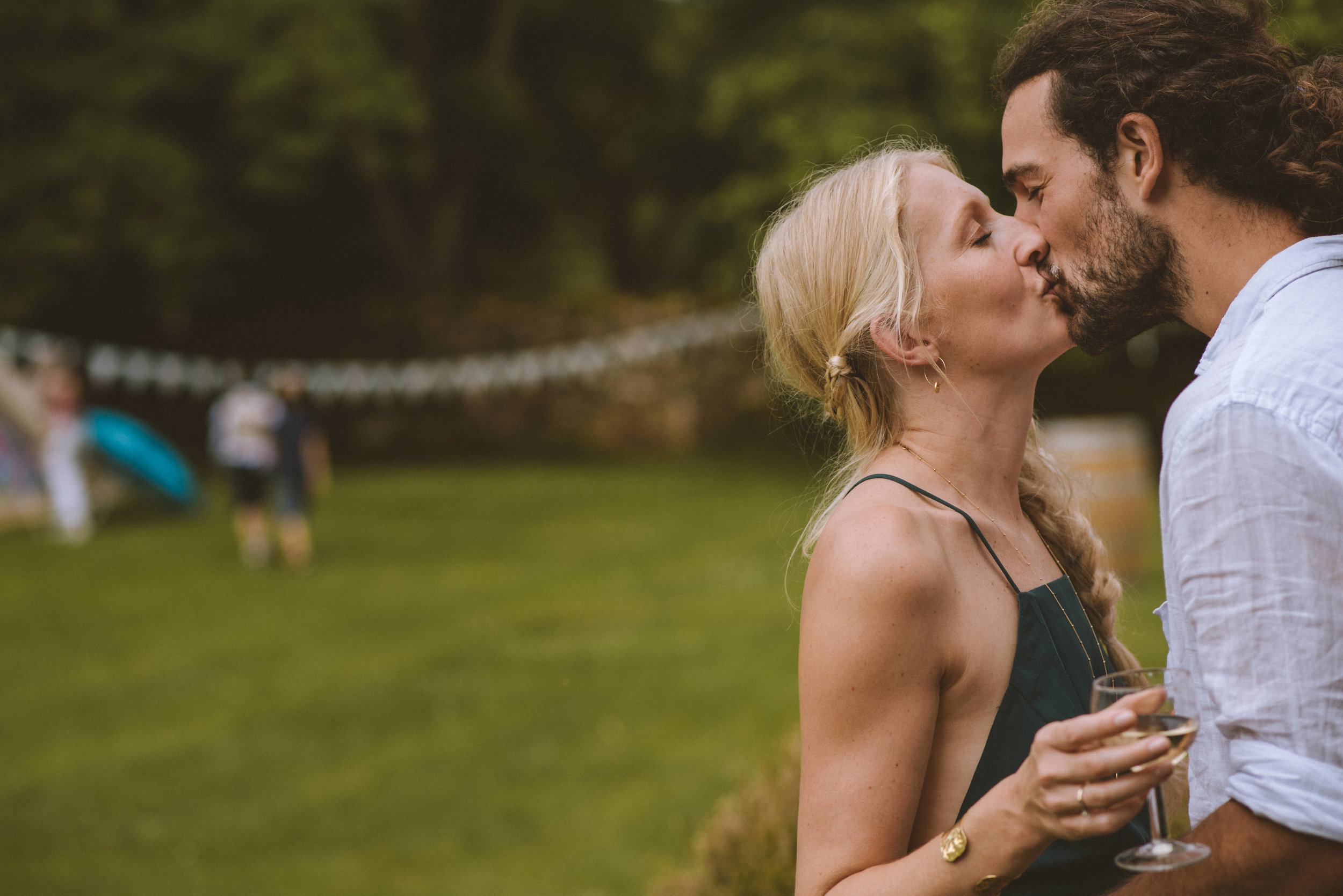 wedding-photographer-dordogne-mark-shaw-35.jpg