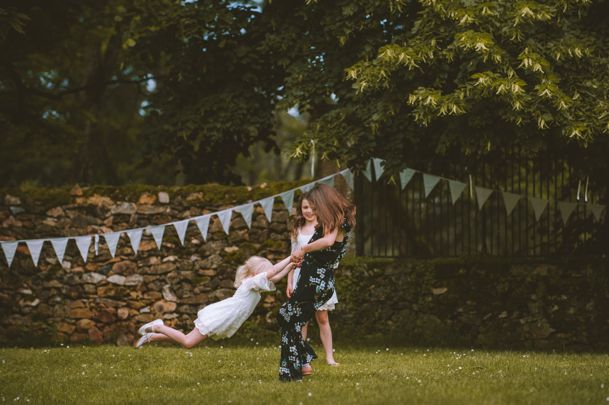 wedding-photographer-dordogne-mark-shaw-40.jpg