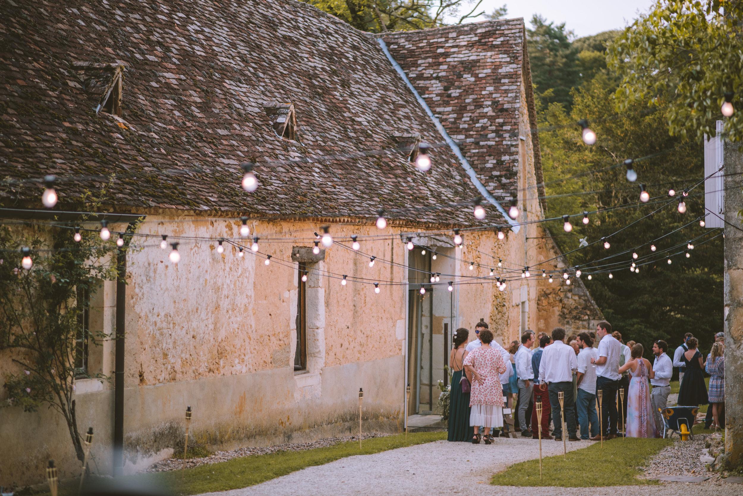 wedding-photographer-dordogne-mark-shaw-54.jpg