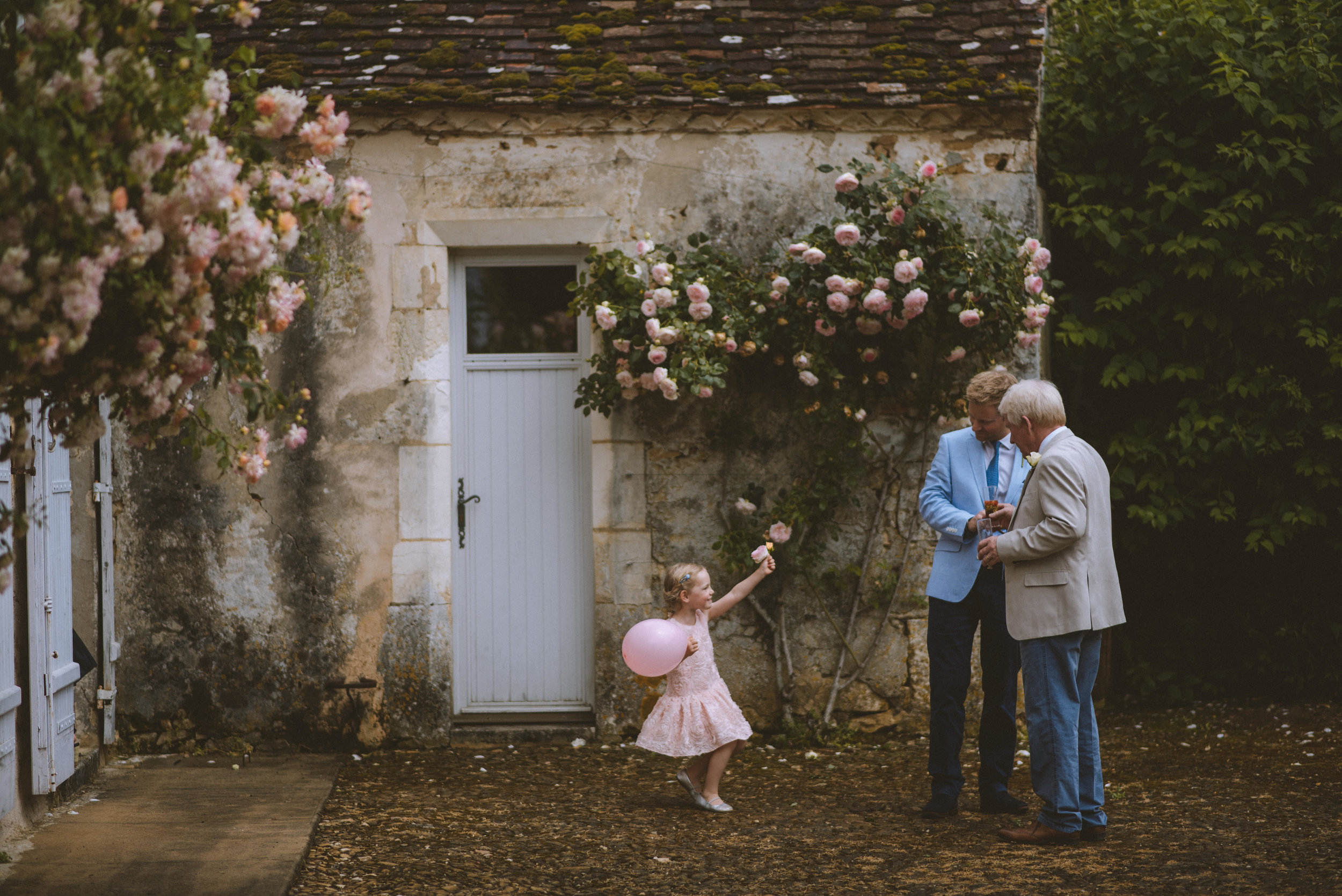 wedding-photographer-dordogne-mark-shaw-20.jpg