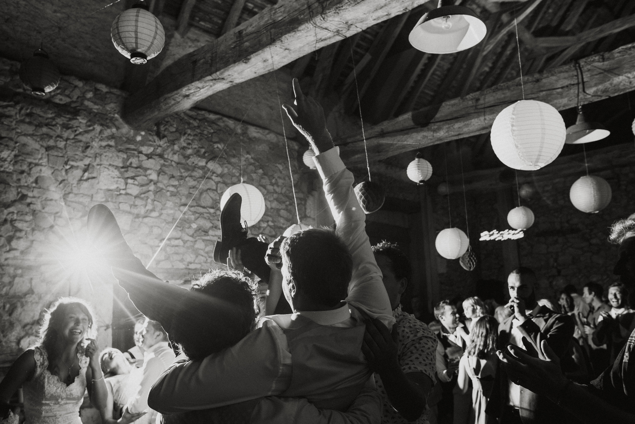 wedding-photographer-dordogne-mark-shaw-76.jpg