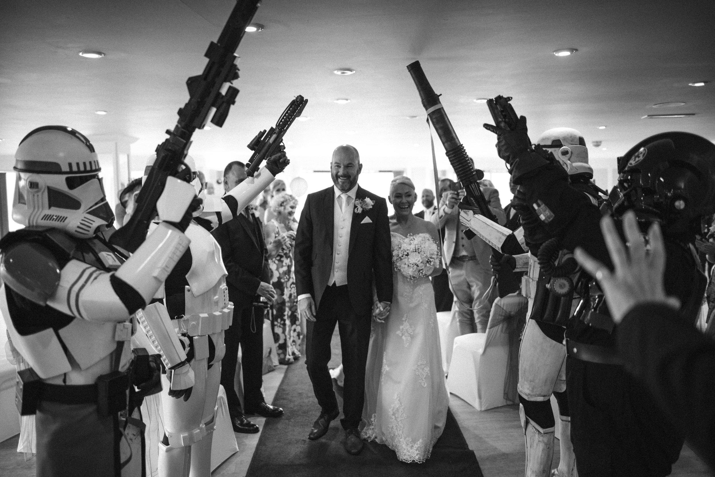 wedding-photographer-falmouth-greenbank-16.jpg