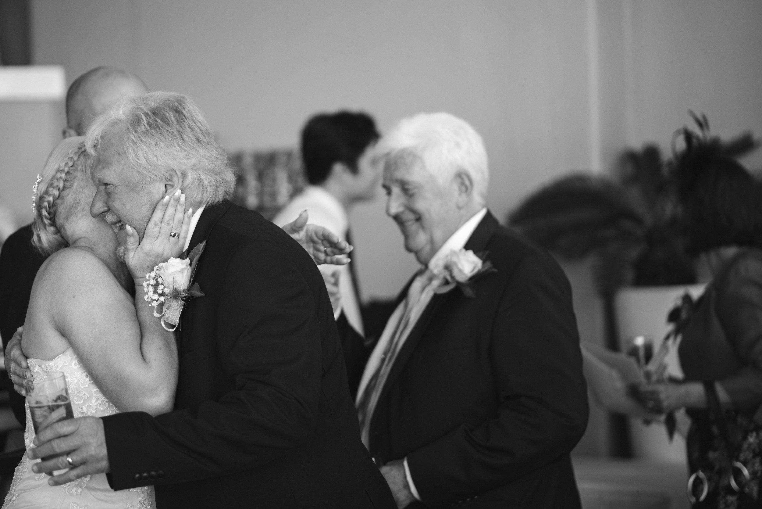 wedding-photographer-falmouth-greenbank-17.jpg