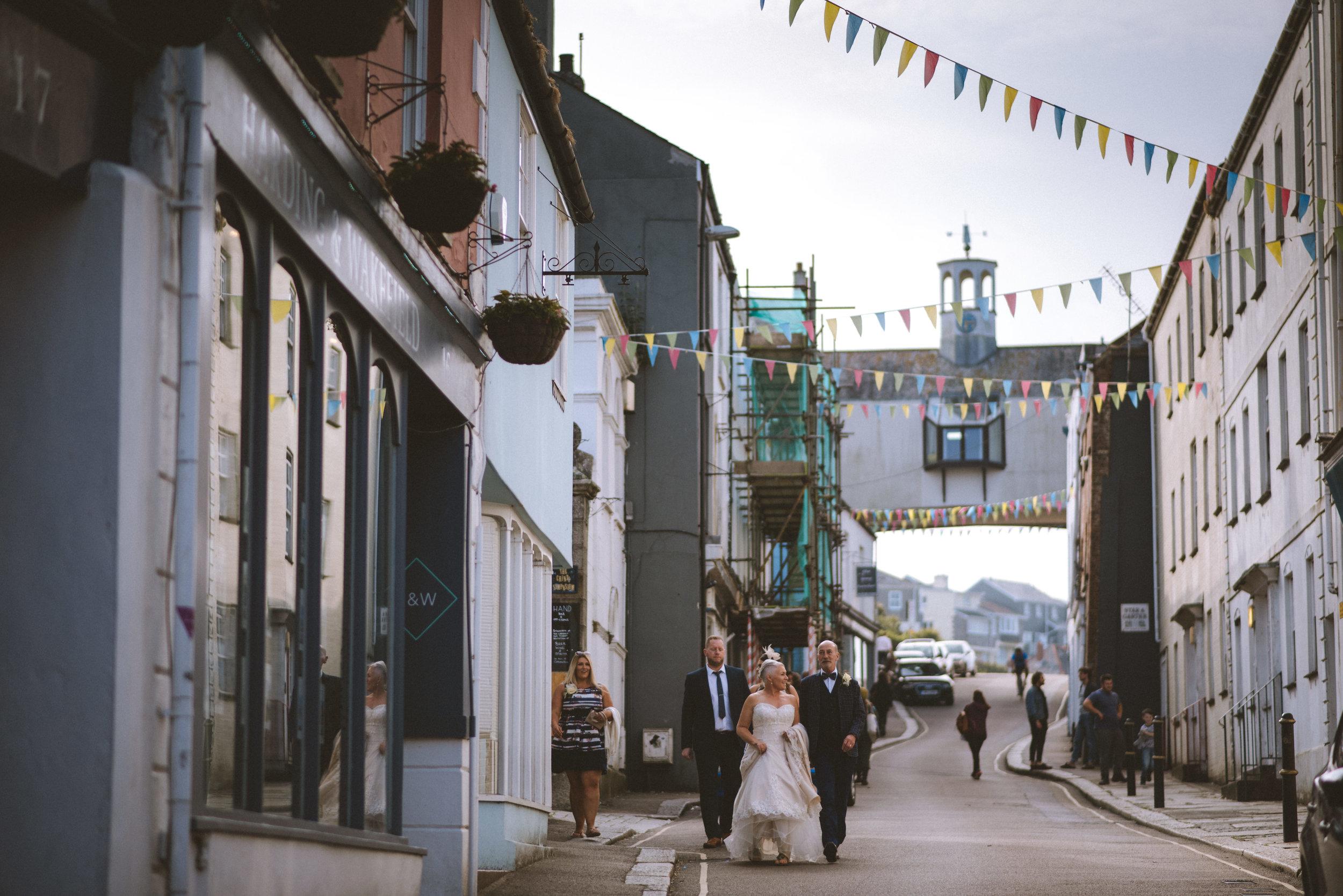 wedding-photographer-falmouth-greenbank-39.jpg