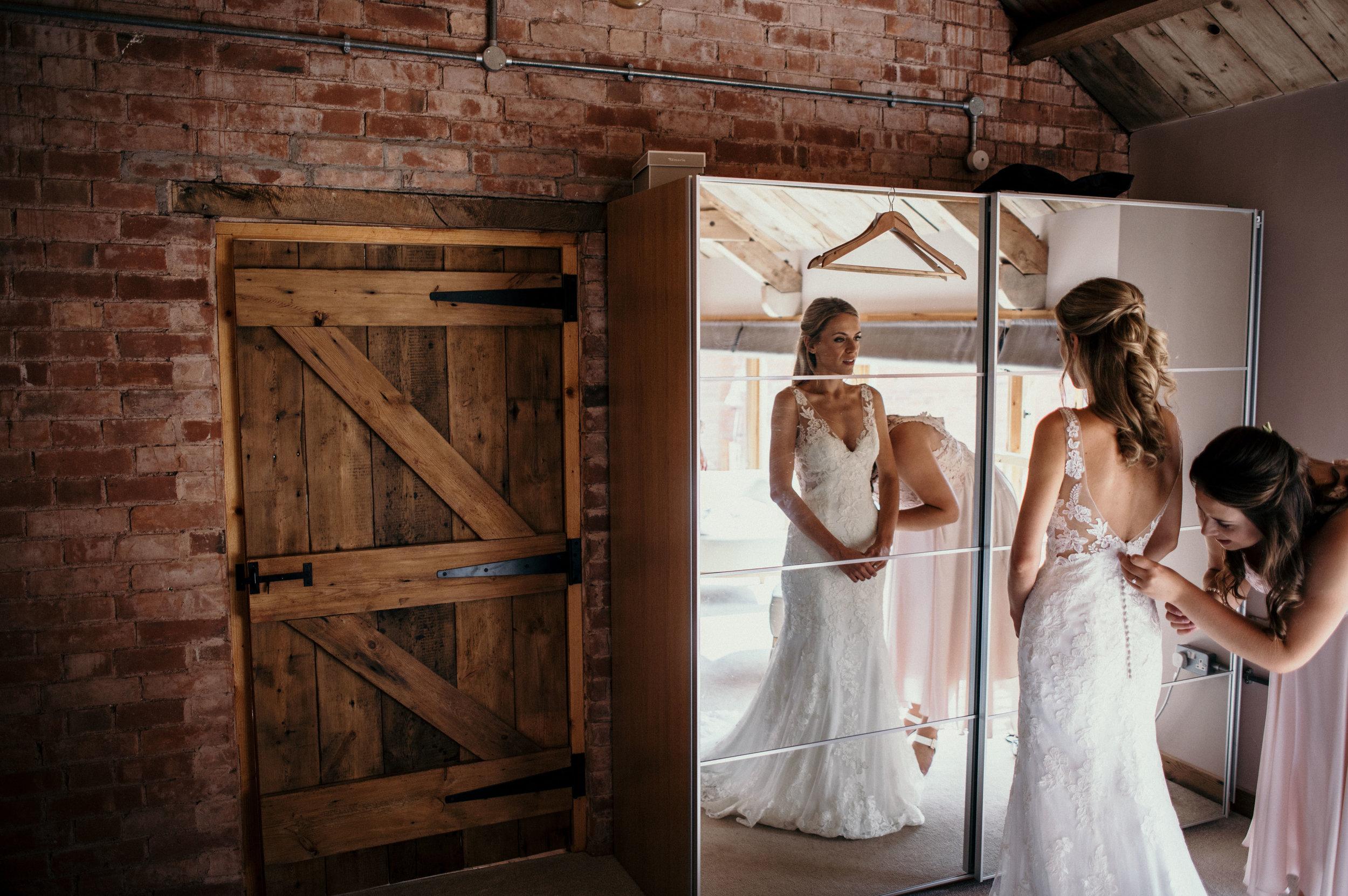 the-great-barn-wedding-photographer-devon-11.jpg