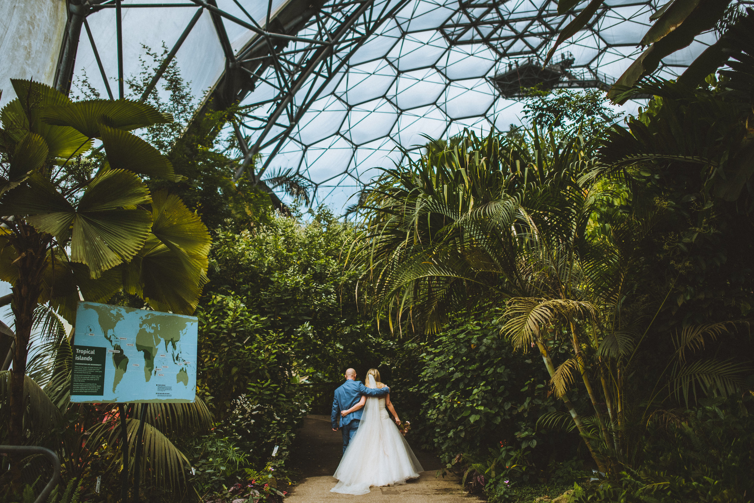 Eden-Project-Wedding-Photographer-1.jpg