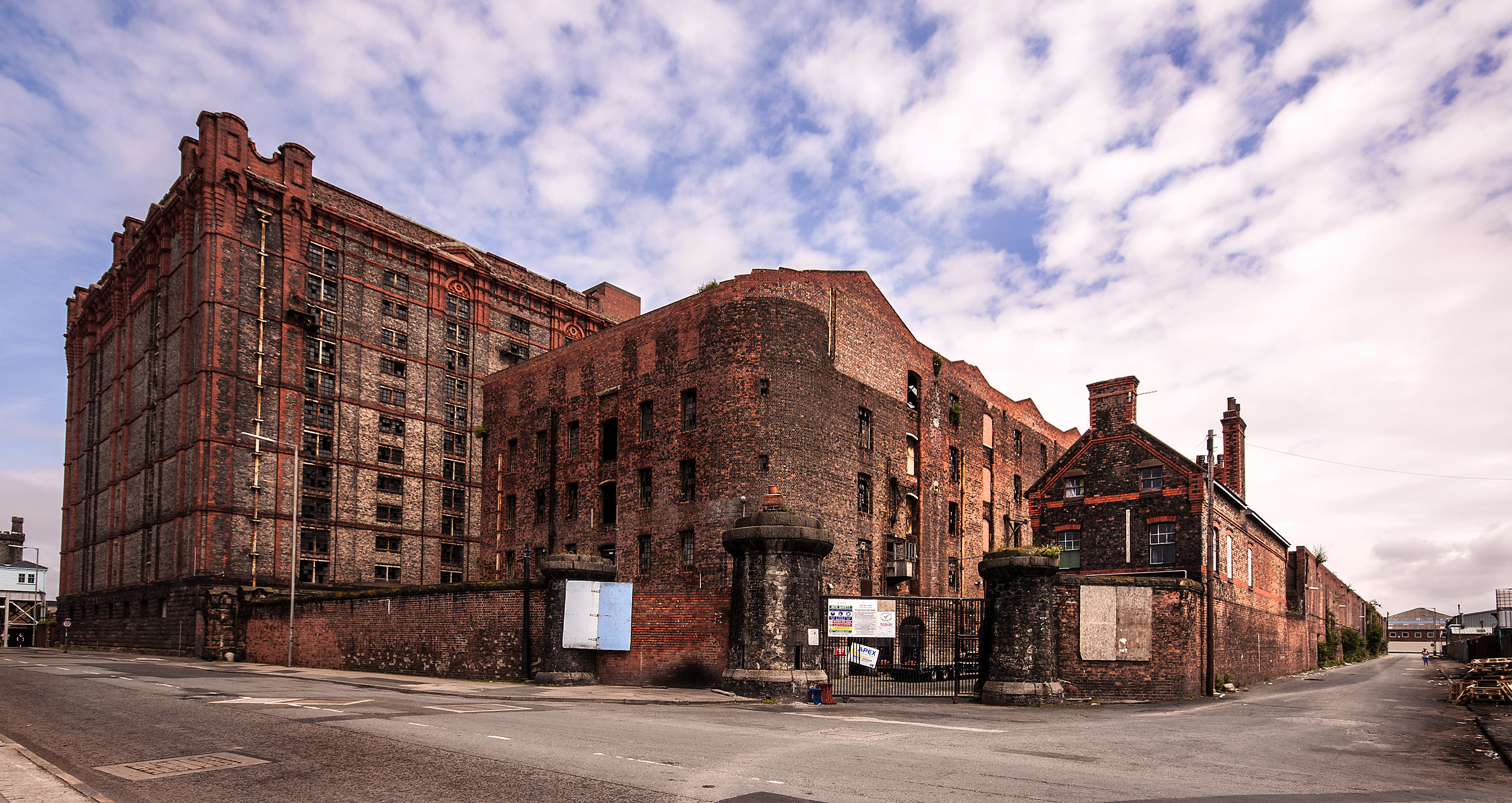 Developers are requesting permission to refurbish Stanley Dock's South Warehouse and create 254 apartments within the Grade II listed site
