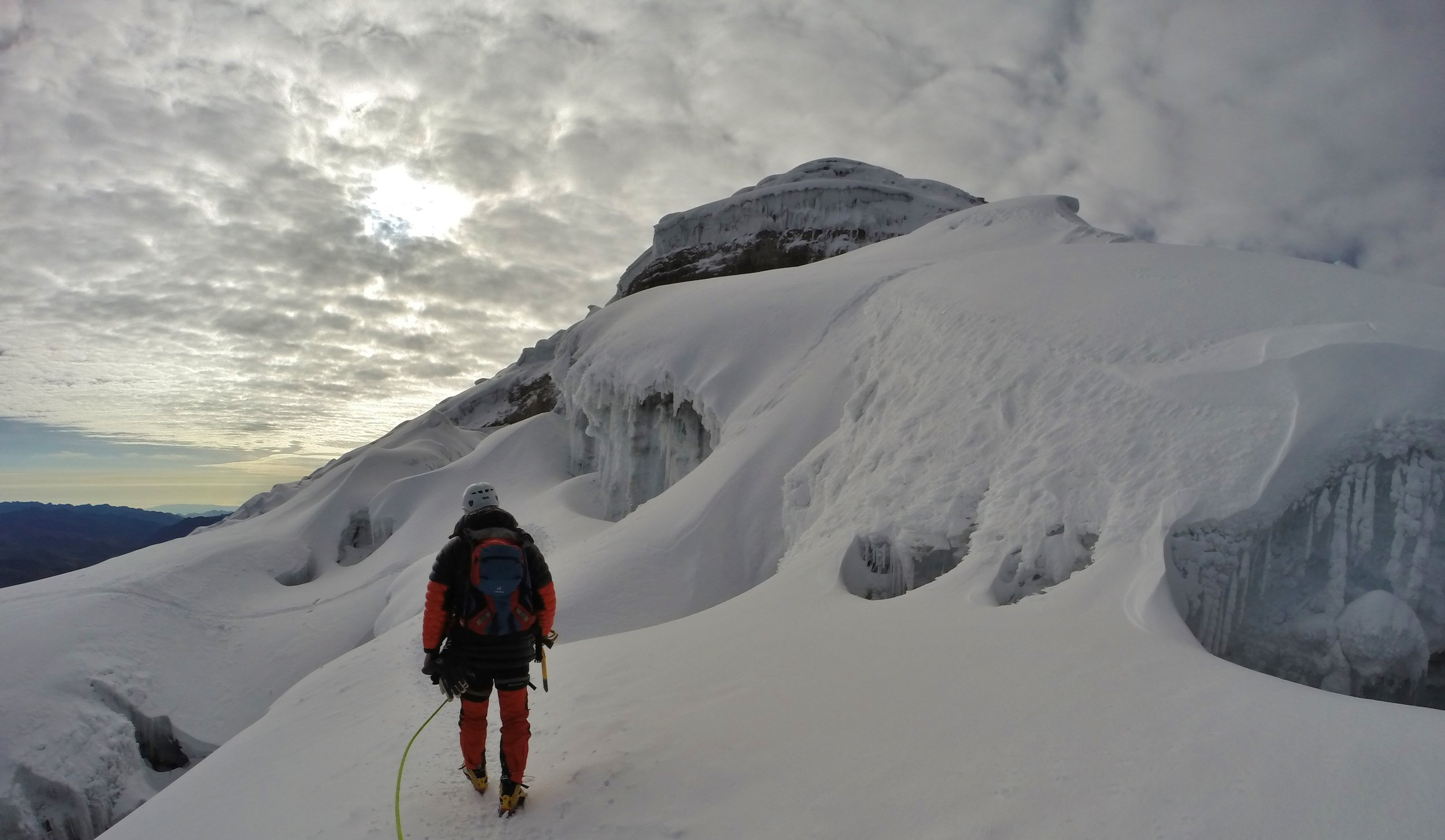 Ecuador Volcanoes    Refine your high-altitude skills