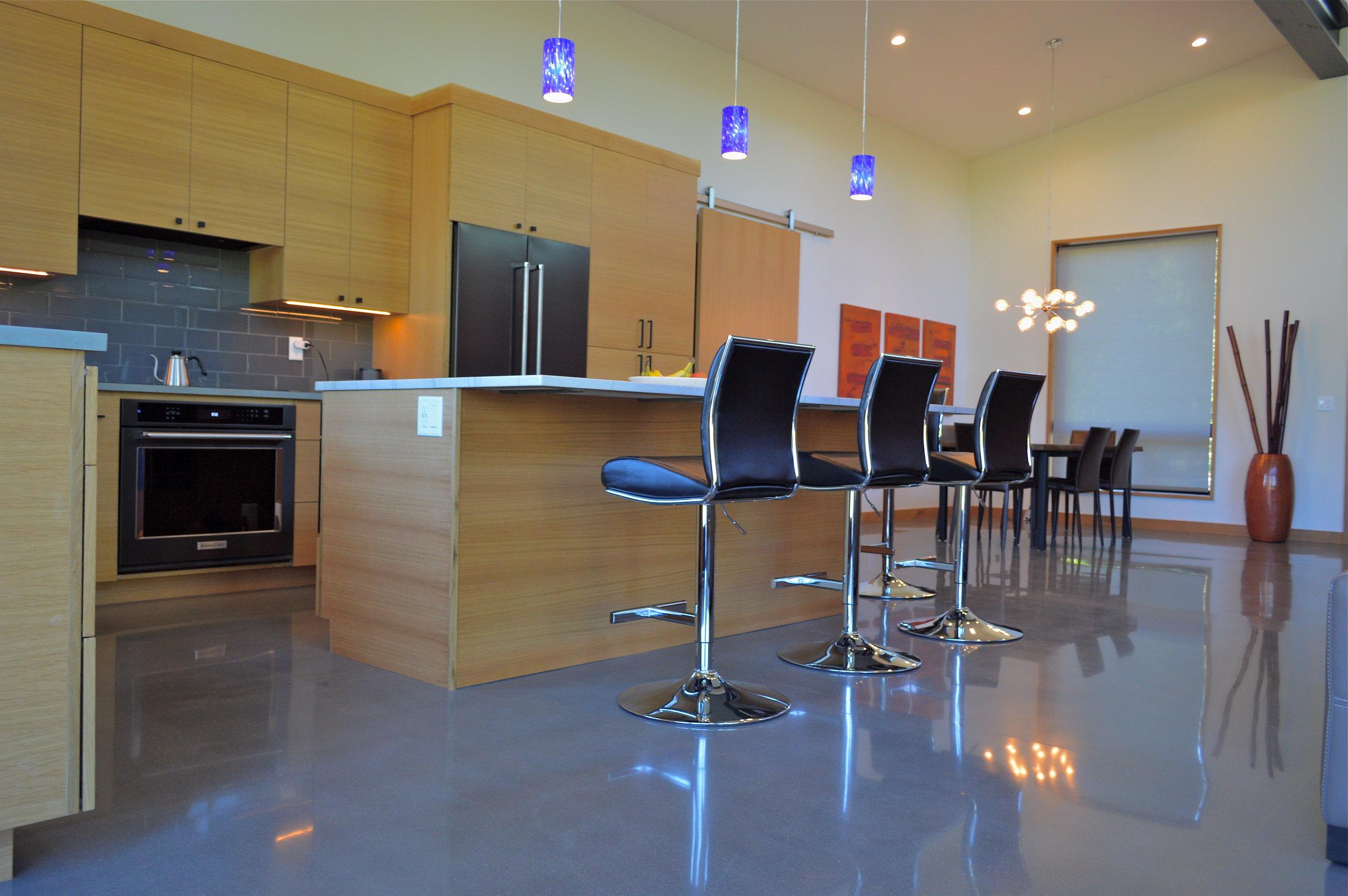 Schneir kitchen (1).JPG