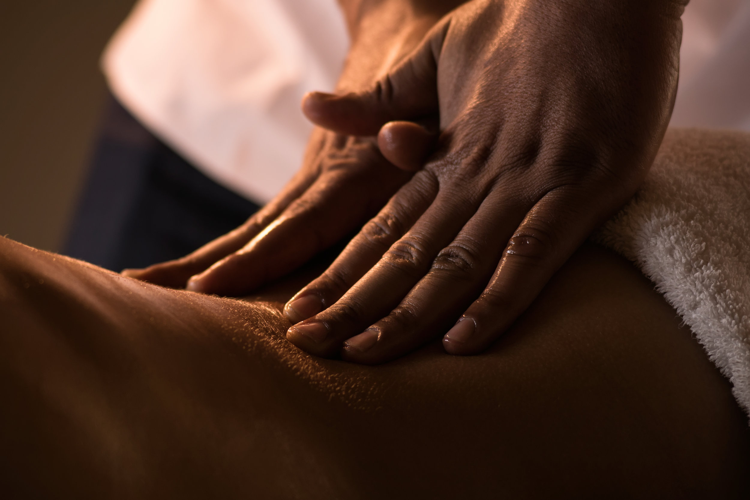 Relax Under Pressure - EXPERIENCE IT FOR YOURSELFPeople say they begin to relax the minute they walk into our office. The elegant decor, fresh flowers, tranquil setting and soothing music set the stage for a deeply relaxing and healing experience. Our licensed massage therapists have years of experience and a deep commitment to offering the highest quality massage available in our area, and we are all proponents of continuing education, staying up to date on the latest research and techniques so we can continue to offer our clients the best possible care.