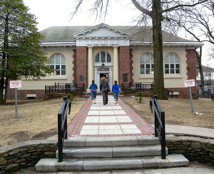 Tottenville branch NYC public library