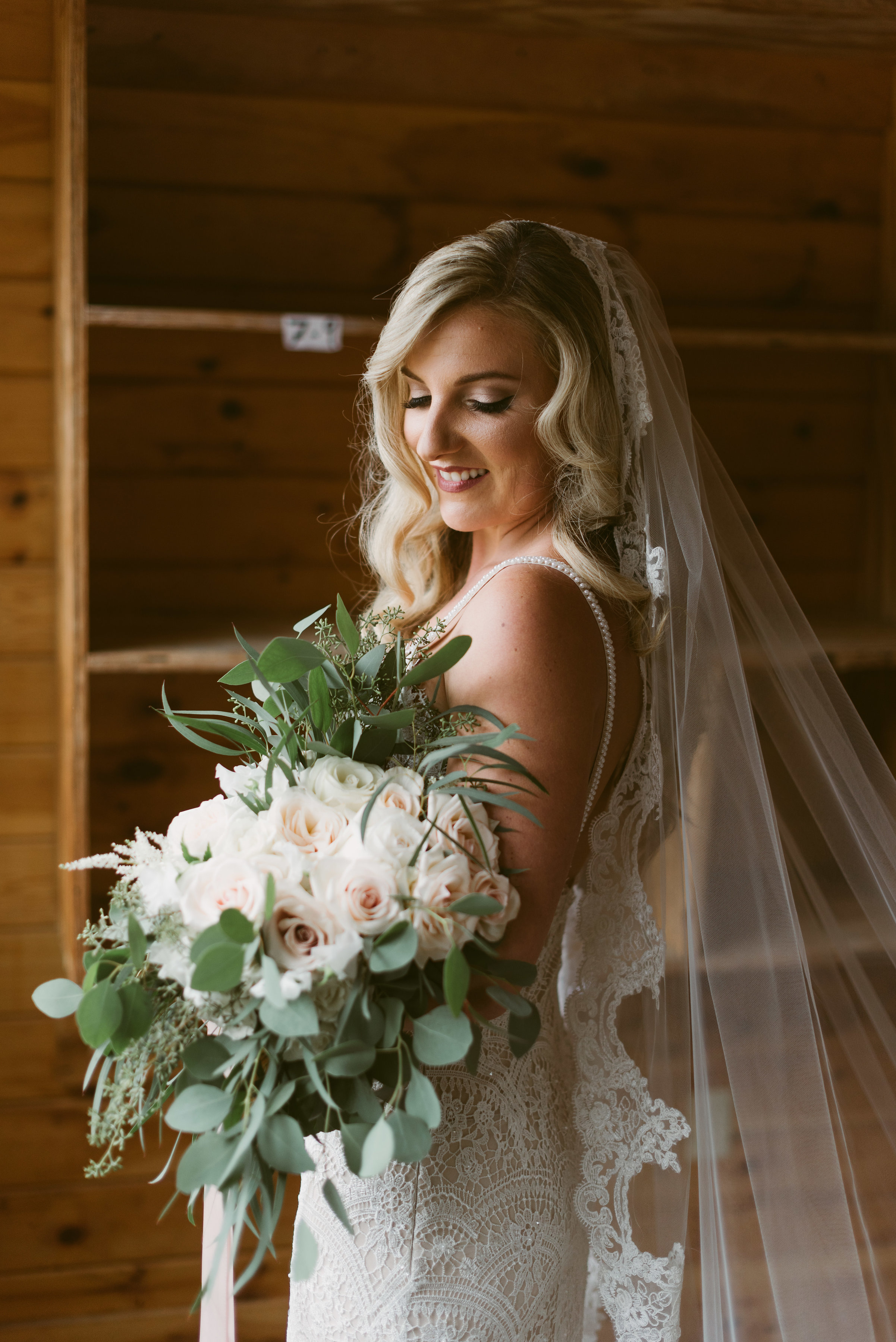 makeup by leah Francesca / hair by Chelsea goodier / photography Mountainaire gatherings / bride Courtney rauch