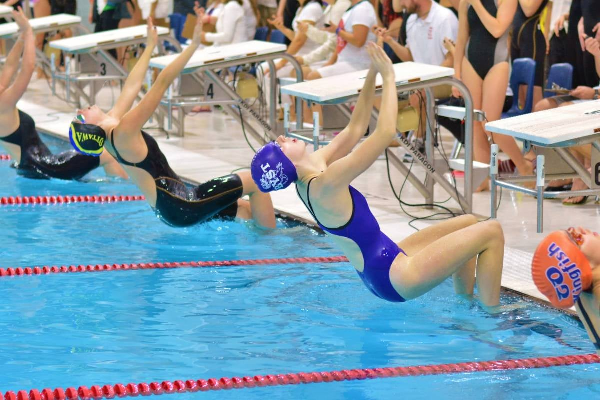 swimming_at_quinte_sports_wellness_centre_1200_801_70.jpg