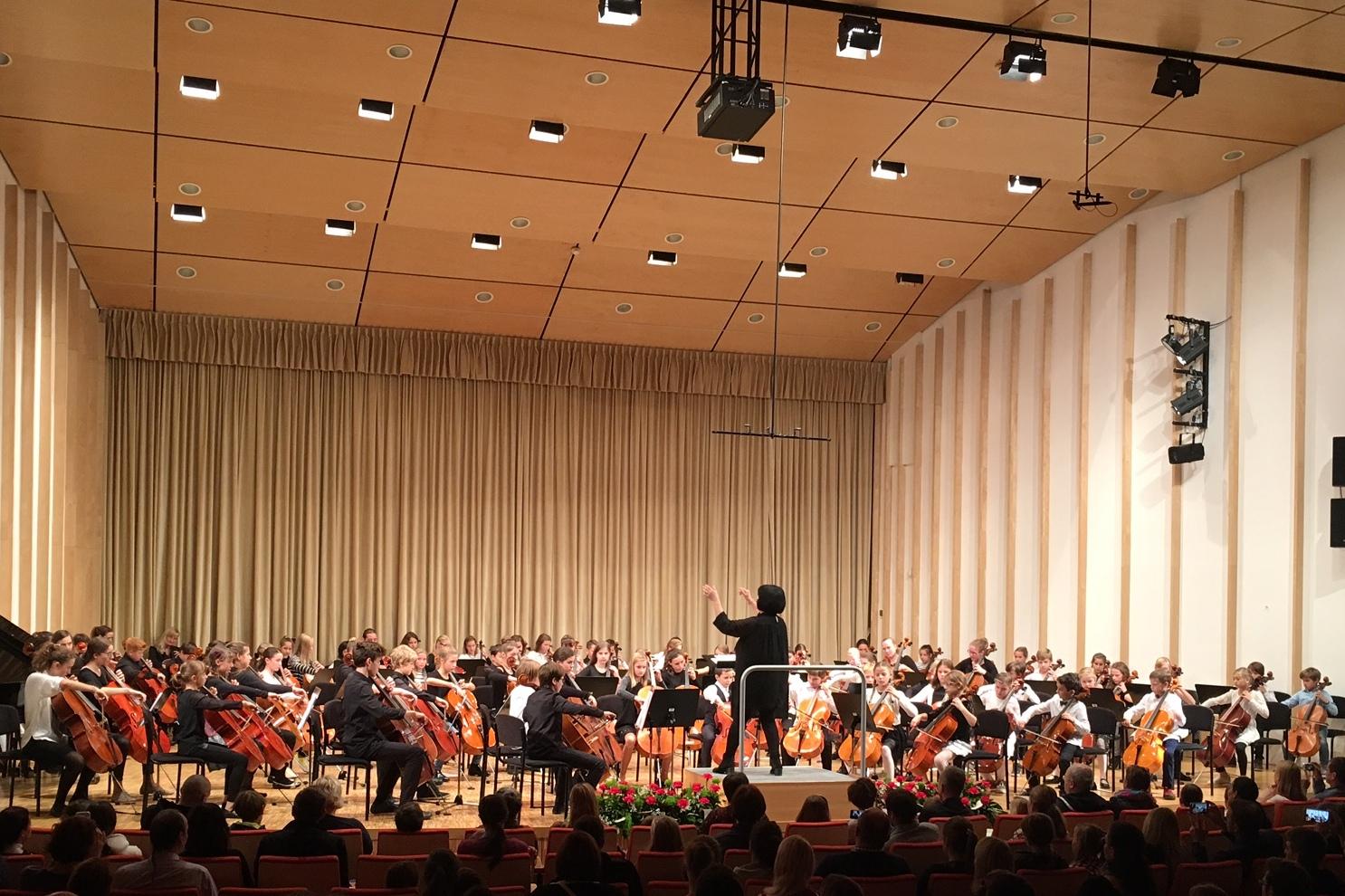 Orkester najmlajših violončelistov