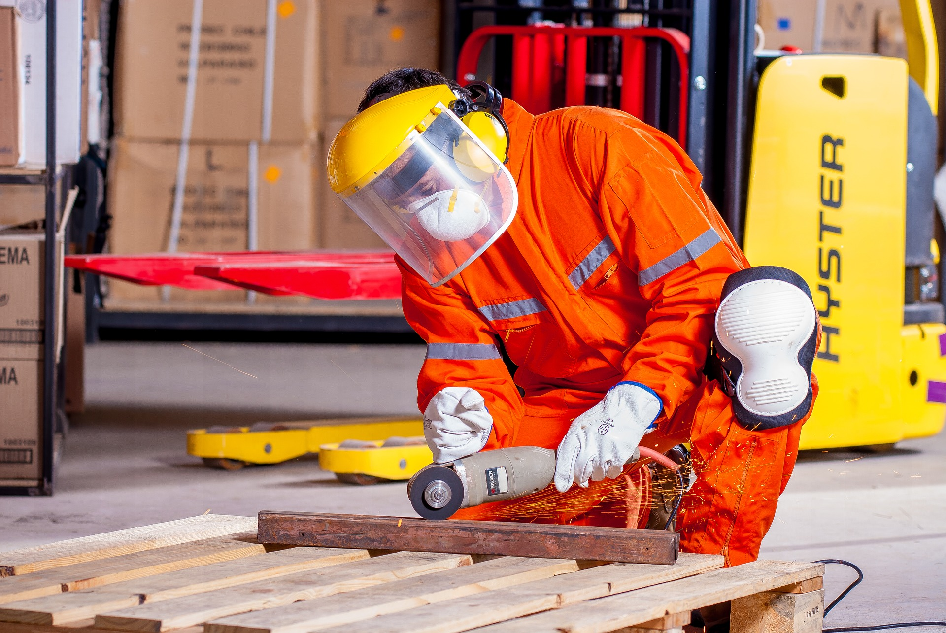 industrial-1636390_1920.jpg