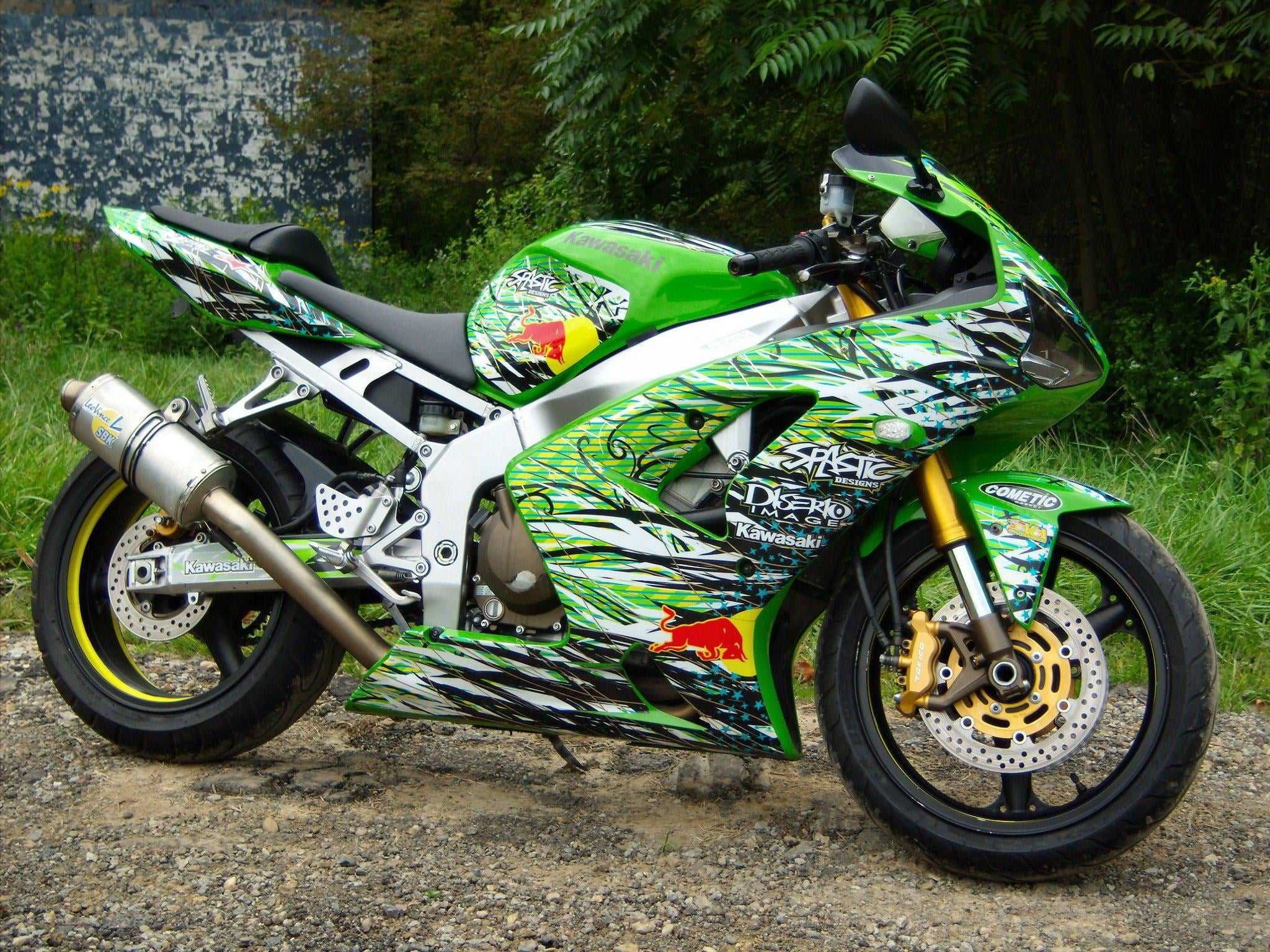 spastic-designs-street-bike-graphics-kawasaki-banner1.jpg
