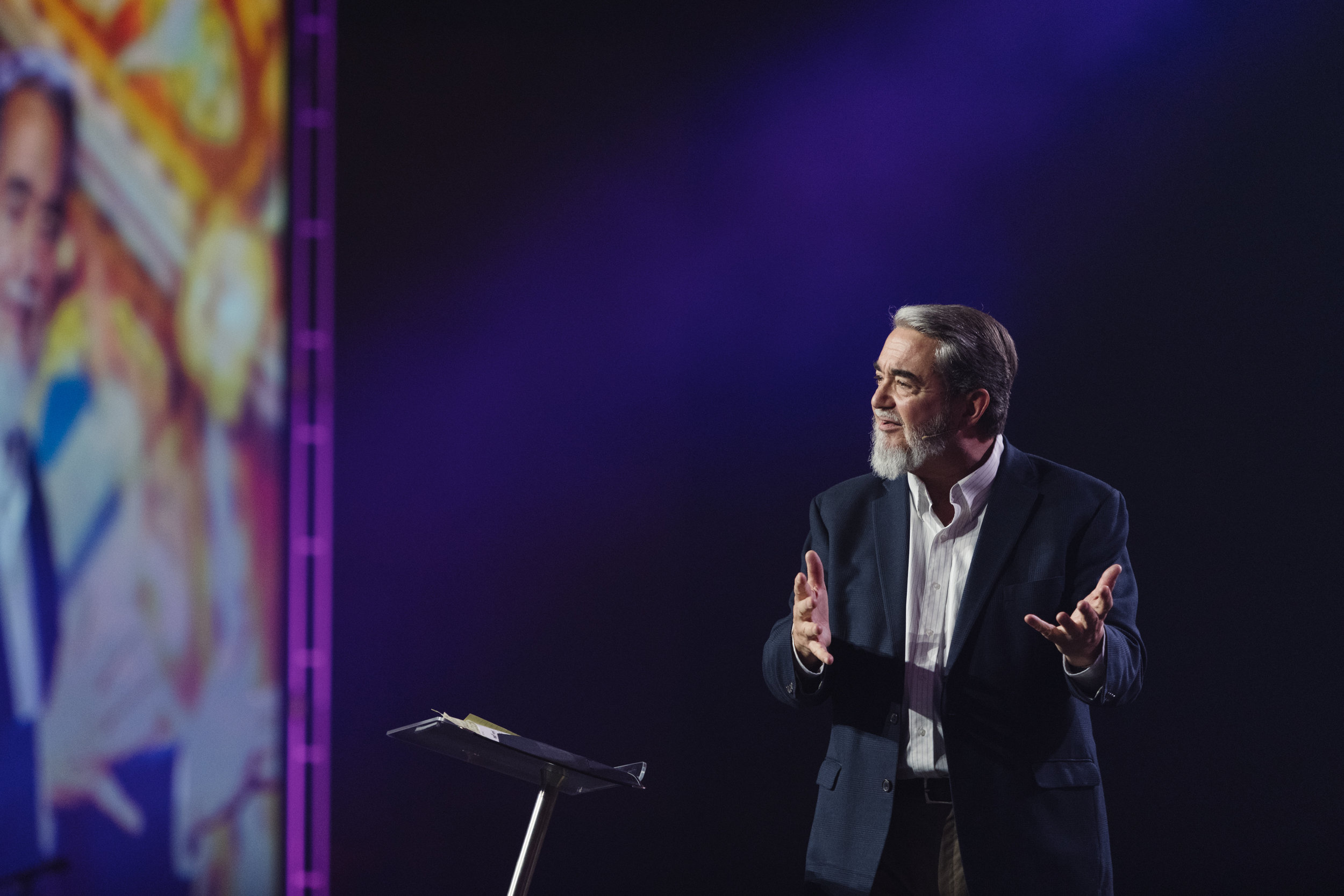 FOCUS.SEEK2019. Dr. Scott Hahn receives St. Pope John Paul II Award.jpg