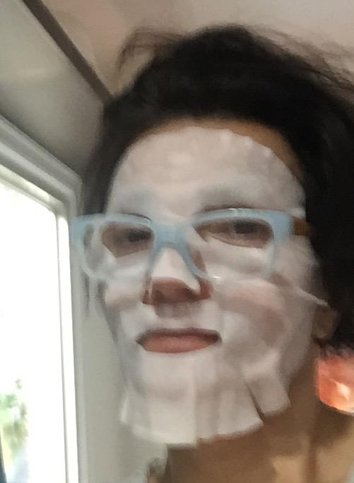 Turn the tea bag into a face mask.