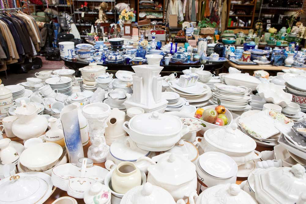 dishes-bts-thrift.jpg