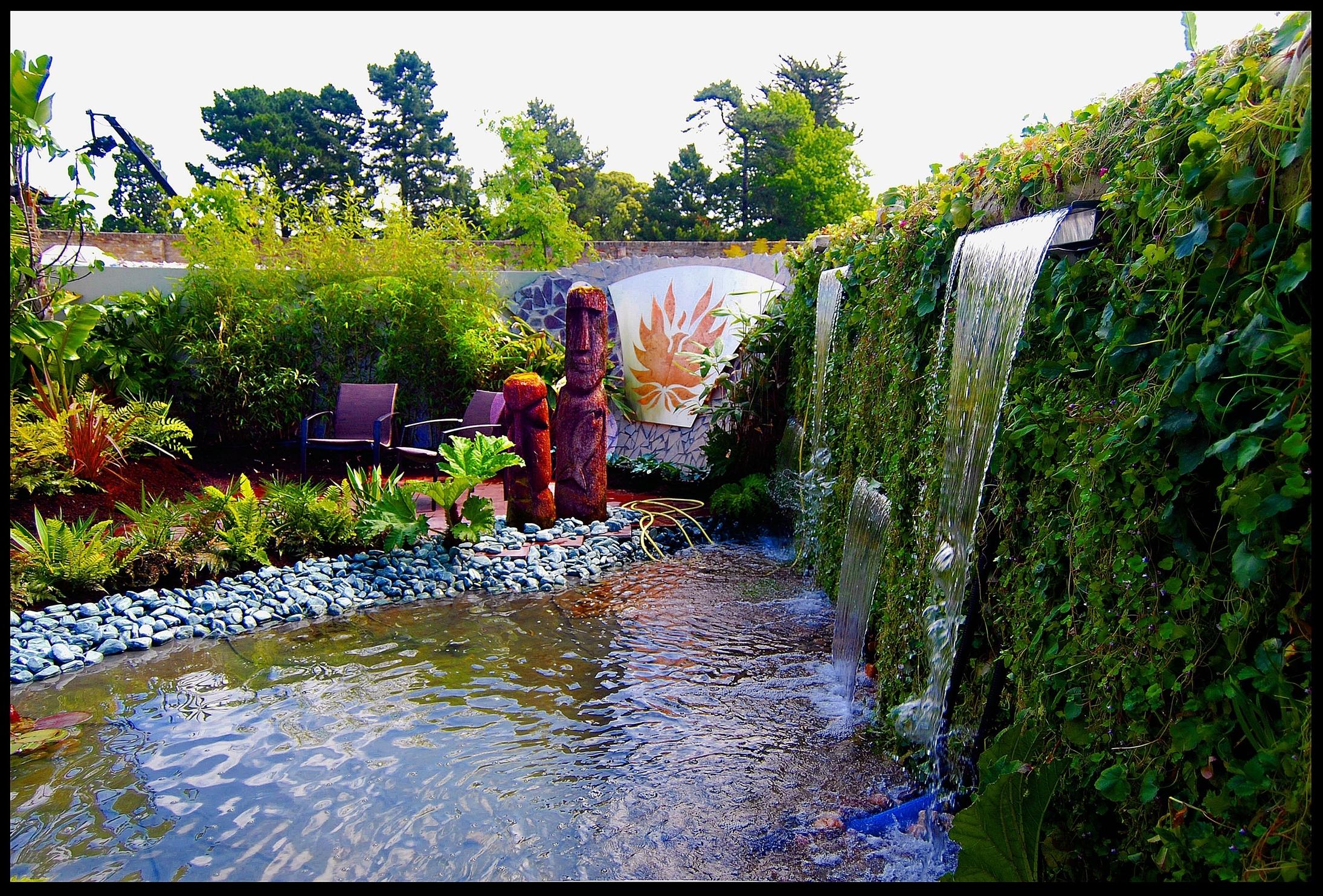 living wall at bloom 'amazonica Floresta' Garden .jpg