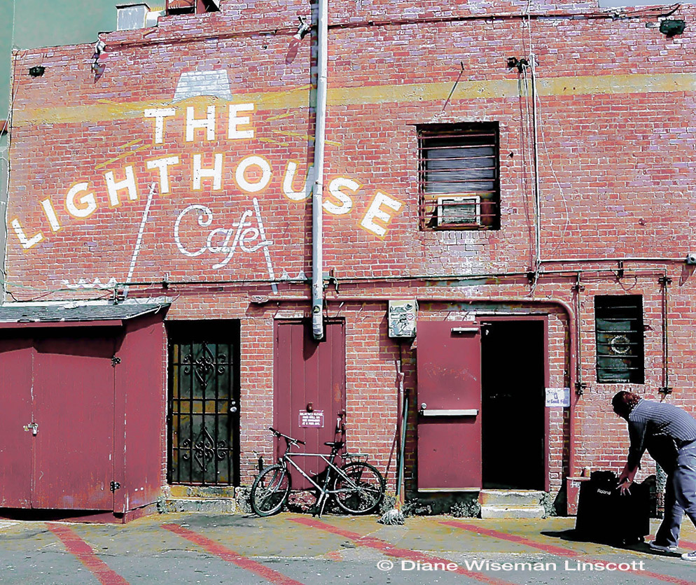 """The LightHouse Cafe"""