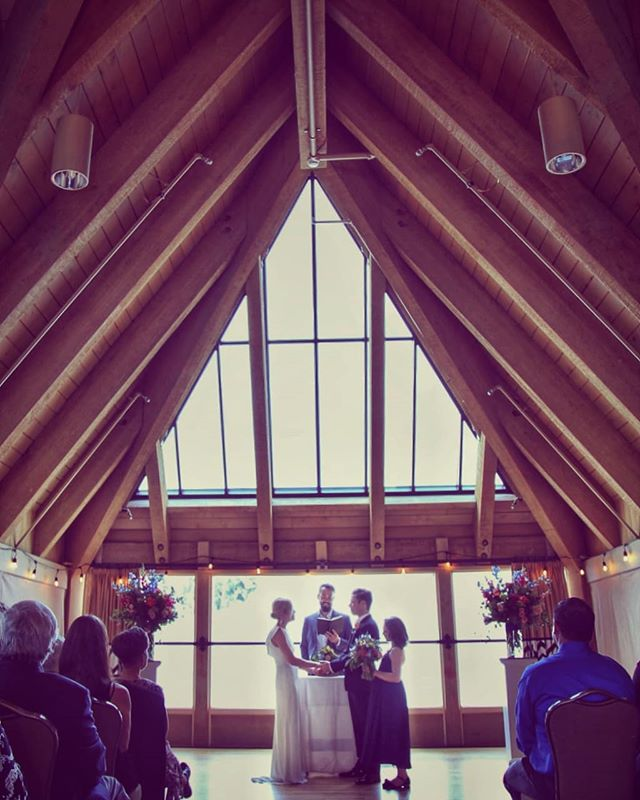 I cry at every wedding, but these two challenged my photography skills with their own beautiful vows, standing at the altar with sweet Harrison's ashes in between them, and Emily's vow to her step-daughter Lenore 😭 shaky hands, tear-filled eyes, hold it together Jamie! (Love you guys!) • • #vows #weddingceremony #emotionalvows #stepmomvows #stepdaughtervows #family #timberlinewedding #ravensnest #2019wedding #whitewedding #springinoregon #mrandmrs #brideandgroom #ido #lossfamily #stillstanding #familyoffour #bride #groom #weddingphotography #mthood #oregonweddings #lindelofphotography #LPcouples