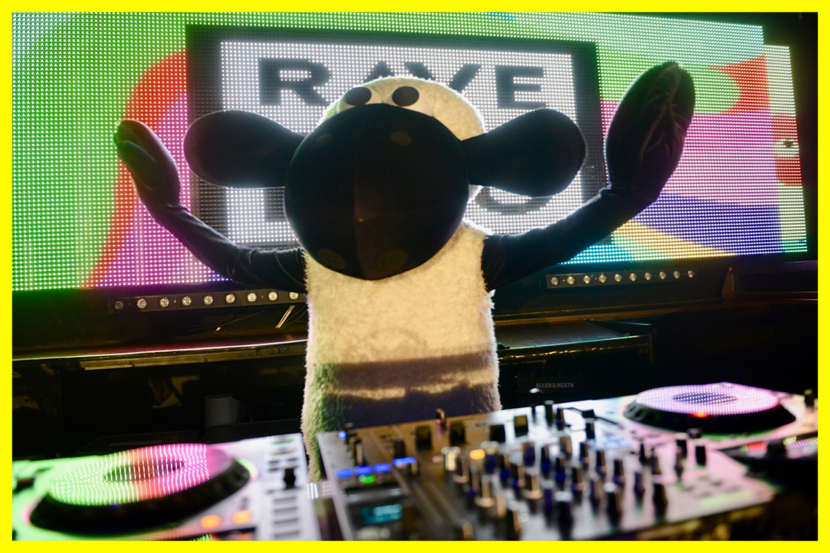 SHAUN+THE+SHEEP+RAVE-A-ROO.jpeg