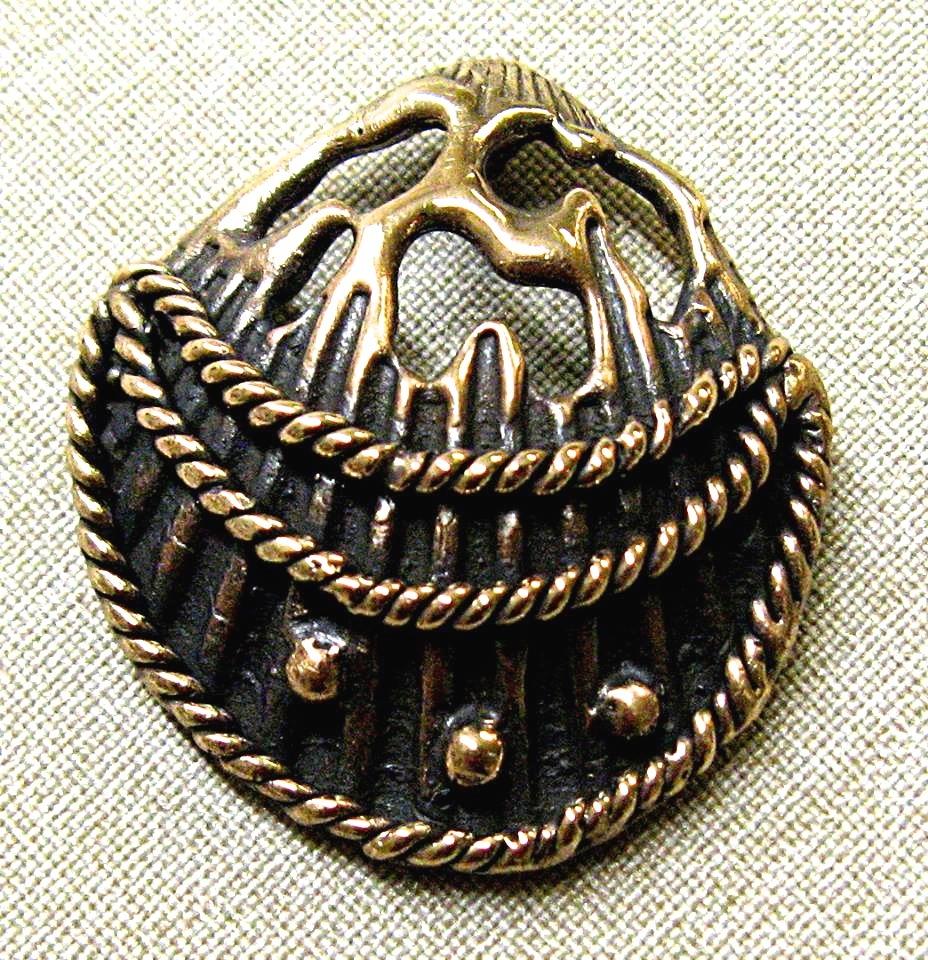 shell pendant.jpg