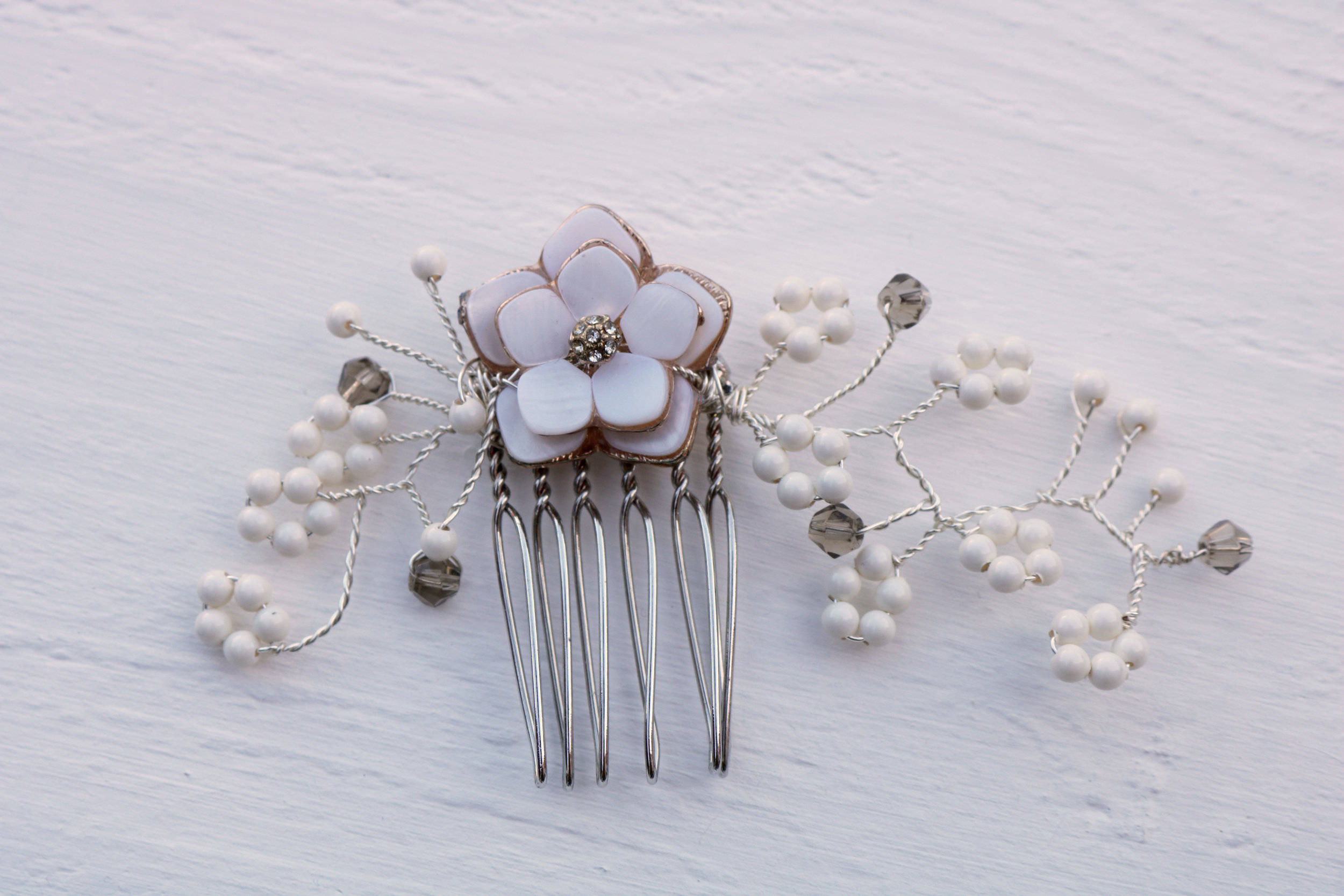 Blossom comb by Elsa Rose Boutique