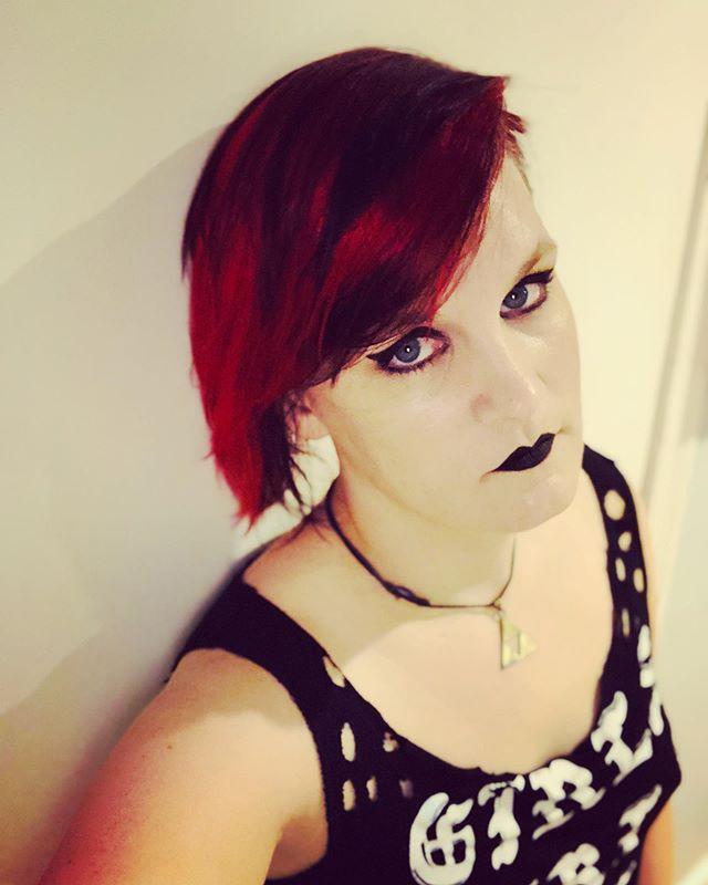 Feels so good to have red hair again… 💋🎸❤️ . . . Makeup provided by @maccosmetics  #rockerchicks #flightoffire #songs #macartistrelations #rockstarlife #rockstarlifestyle #womeninmetal #allfemaleband #allgirlband  #womeninrock #womeninmusic  #femalefrontedband #girlband #metal #heavymetal #womenpower #femalemusician #thefutureisfemale #metalband #rockband #womenofmetal #frontwoman #femalesinger #metalgirl #instagay #lgbt #lesbian