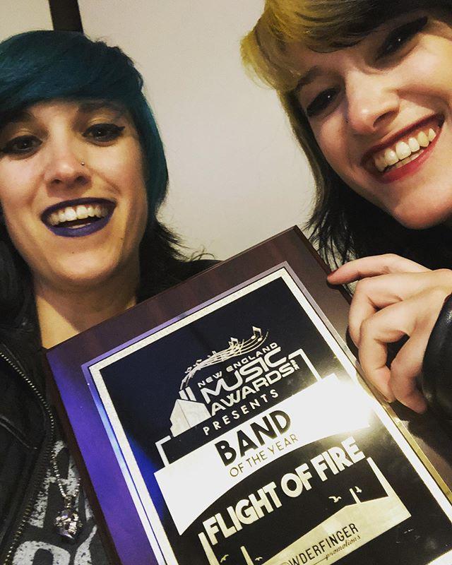 On behalf of everyone at @flightoffire , THANK YOU ALL for your love and support! Tonight we bring home the New England Music Award for BAND OF THE YEAR! ❤️🧡💛💚💙💜 make up provided by @maccosmetics  #rockerchicks #flightoffire #rockstarlife #bandoftheyear #nema2019 #allgirlband #allfemaleband #femalefrontedband #femalefrontedmetal #womeninmusic #twins #twinstagram #twinning @nemusicawards