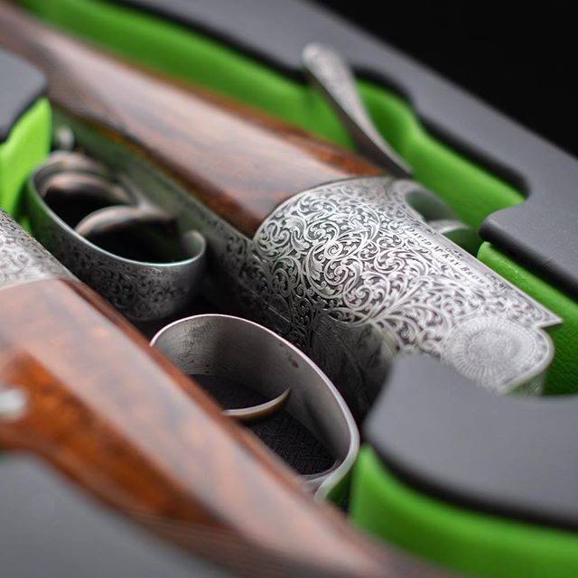 Extremely smart vehicle gun case. It's one of the things I love about my work - getting to see the most incredible craftsmanship. #hamishbaird_photography, #fieldsportsphotography #pheasantshooting