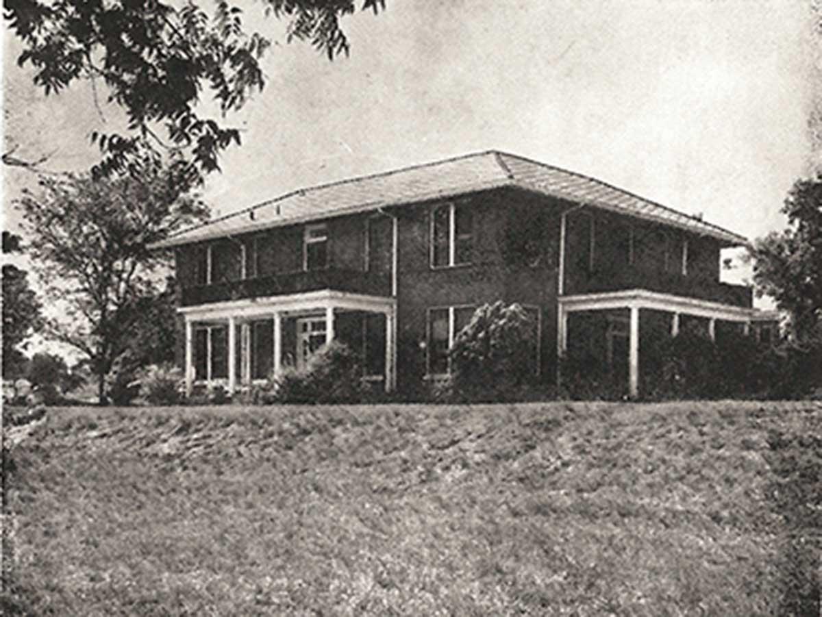 Daniel Cottage
