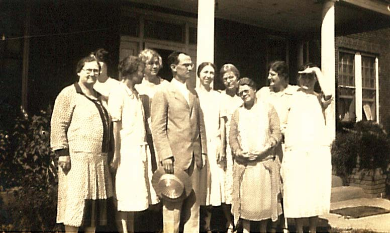 Baptist Home workers in 1926