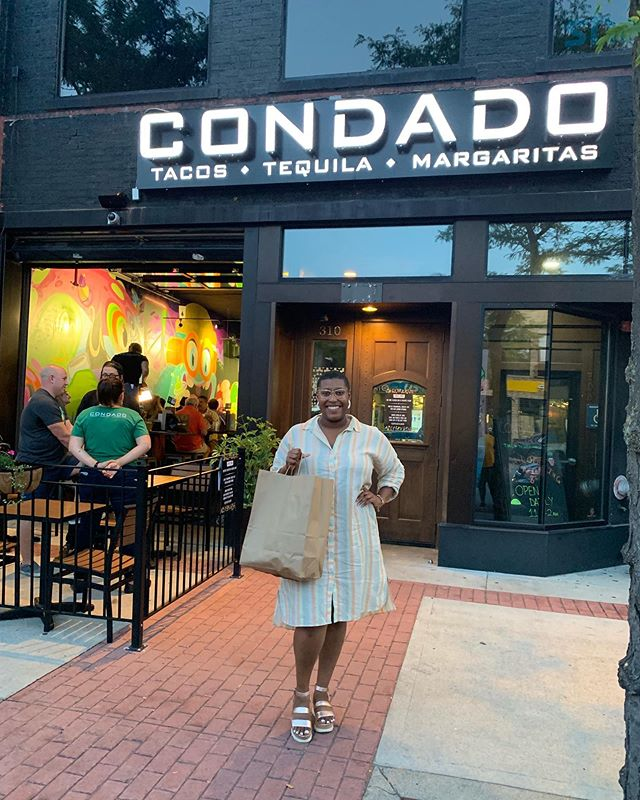 Who doesn't love tacos? That's right, you can't think of a single person that doesn't. I got to hang out at @condadotacos in Royal Oak tonight to get a taste of what they had to offer!  The cool thing about Condado is that you can build your own tacos from the shell to the toppings. You fill out a scantron saying what type of shell, protein and toppings you want, and they make them fresh for you in the kitchen! Everything was good, y'all. Especially the Pineapple Express margarita! 😋  Thank you to Condado for having me tonight, I'll for sure be back. The grand opening is tomorrow, y'all. Check them out! #sponsored