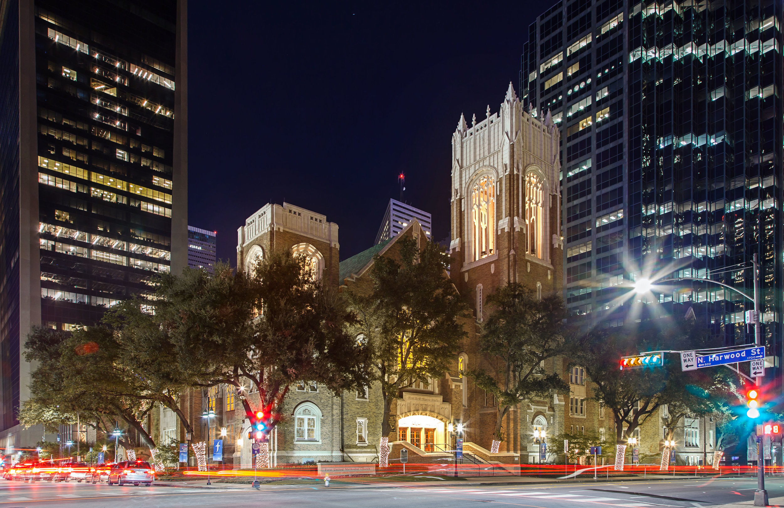 FUMC Dallas_Night_2016-1114_001.jpg