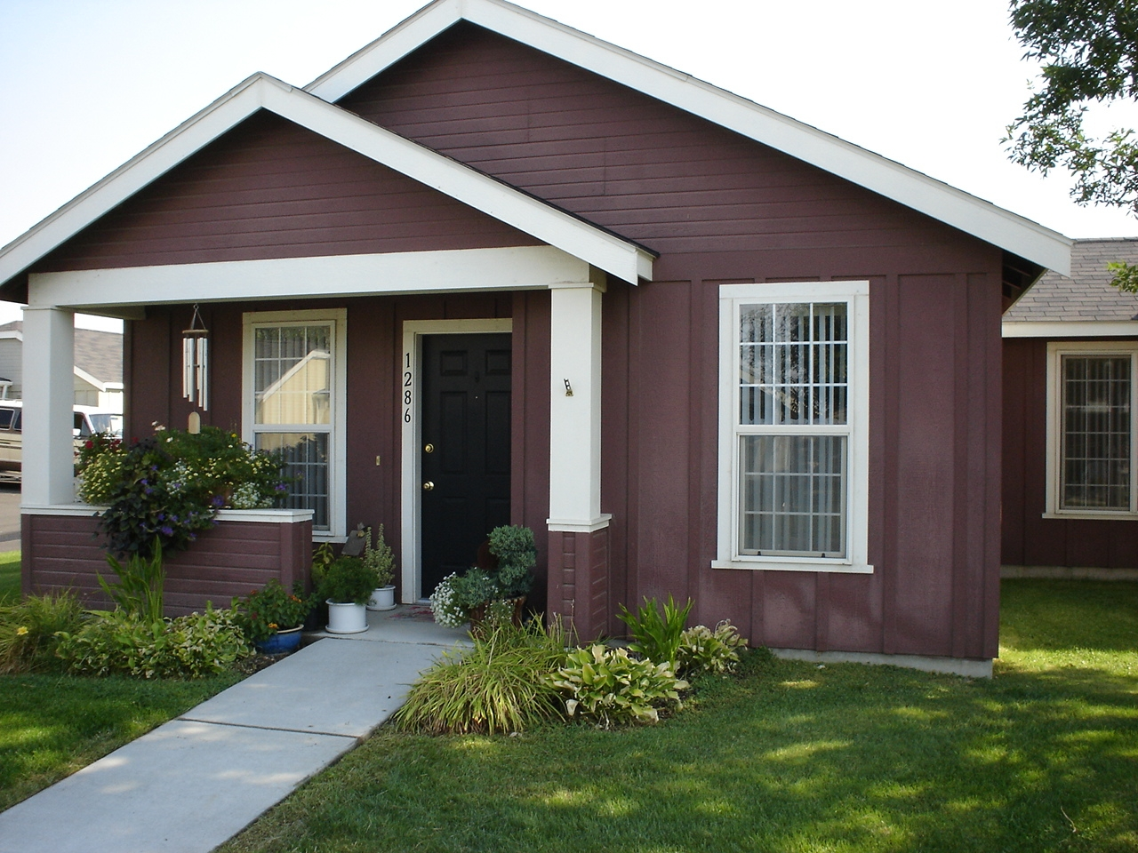 SE Creekside Drive, College Place, Washington $300 security deposit / monthly rent is unsubsidized    Apply Today