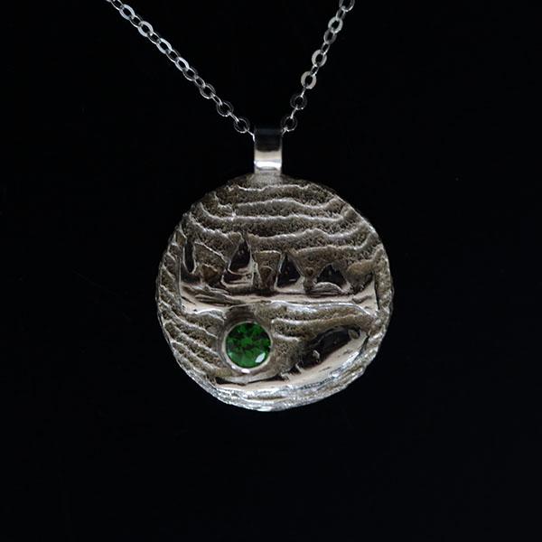 Earth - Mountains pendant
