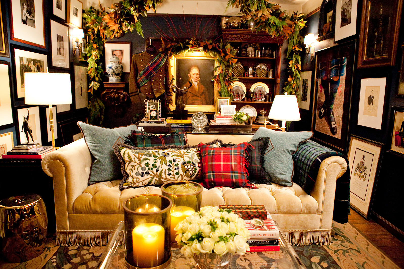 Scot Meacham Wood Design - Holiday 2011 - Living Room 3.jpg