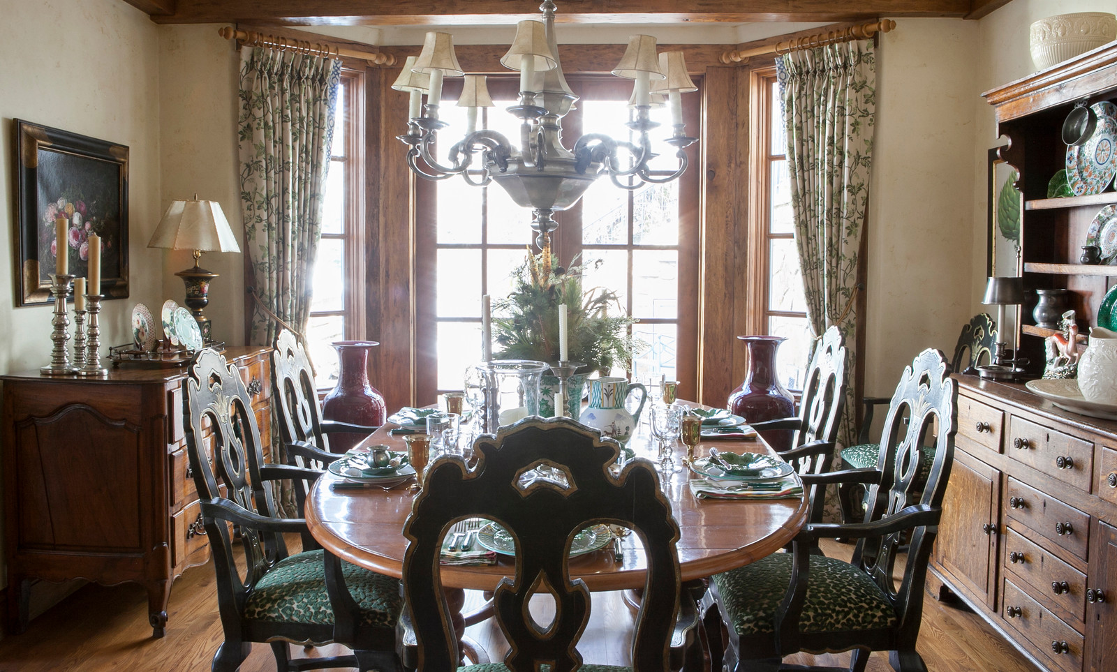 SMW Design - Vail - Dining Room.jpg