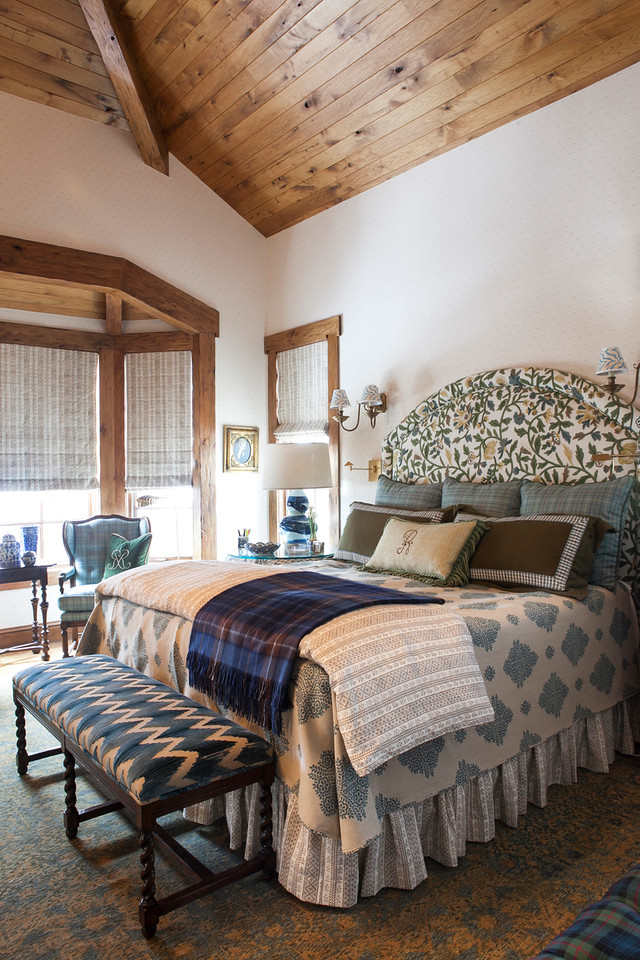 SMW Design - Vail - Master Bedroom 1.jpg