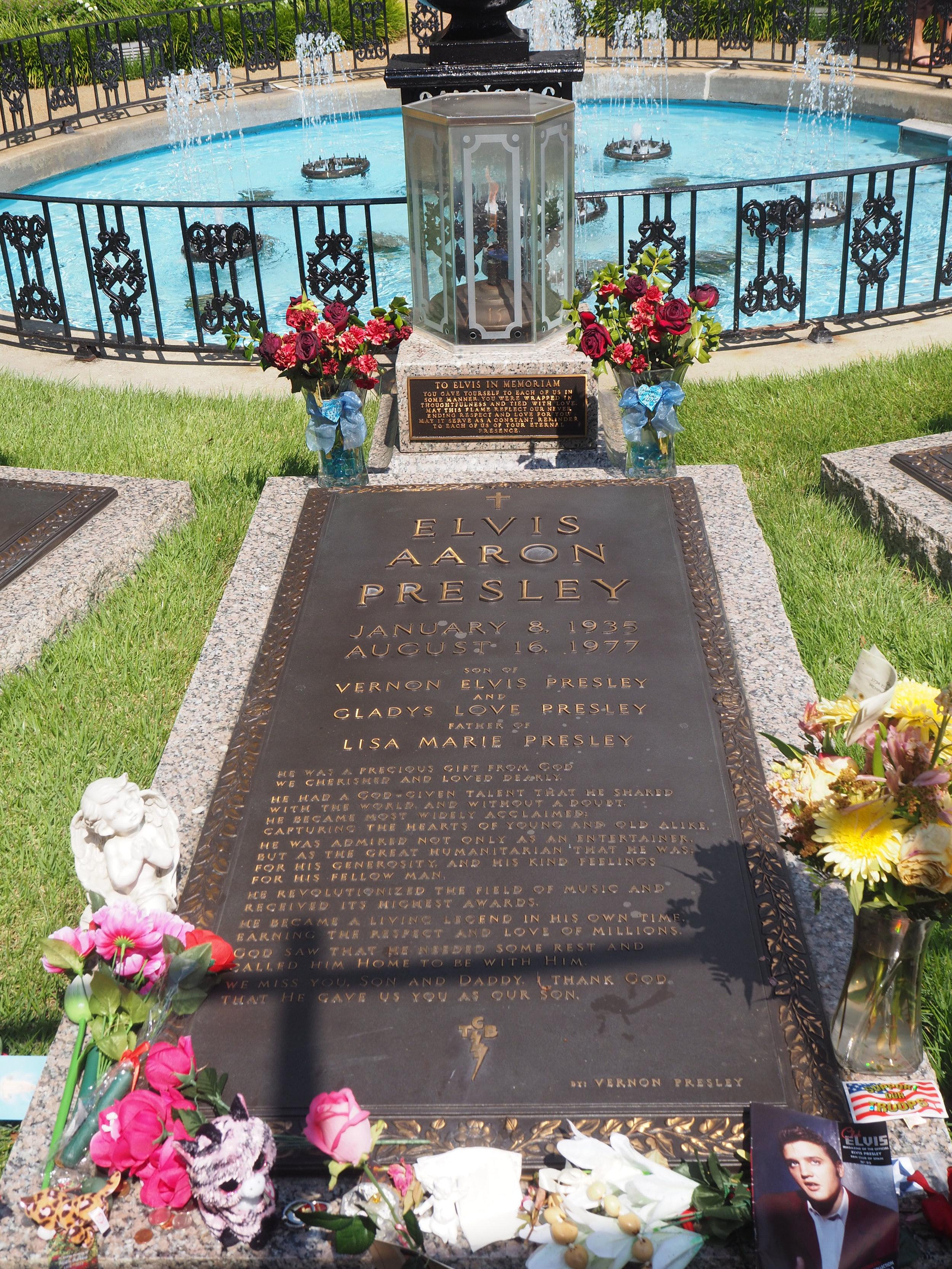 Elvis Presley | Graceland | Memphis, Tennessee.  Elvis Aaron Presley's grave. Click to see more pics.