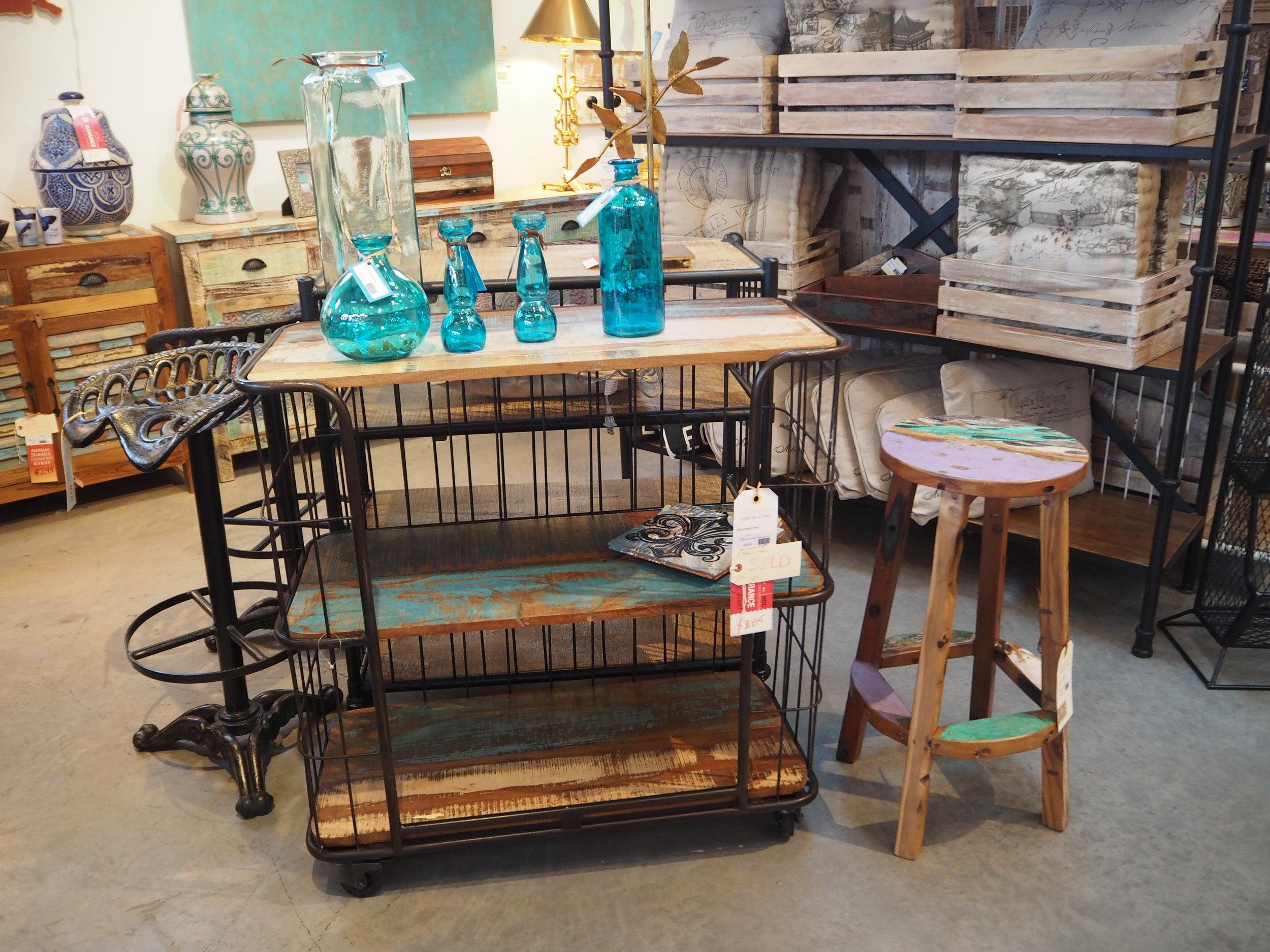 Discoveries- Furniture & Finds