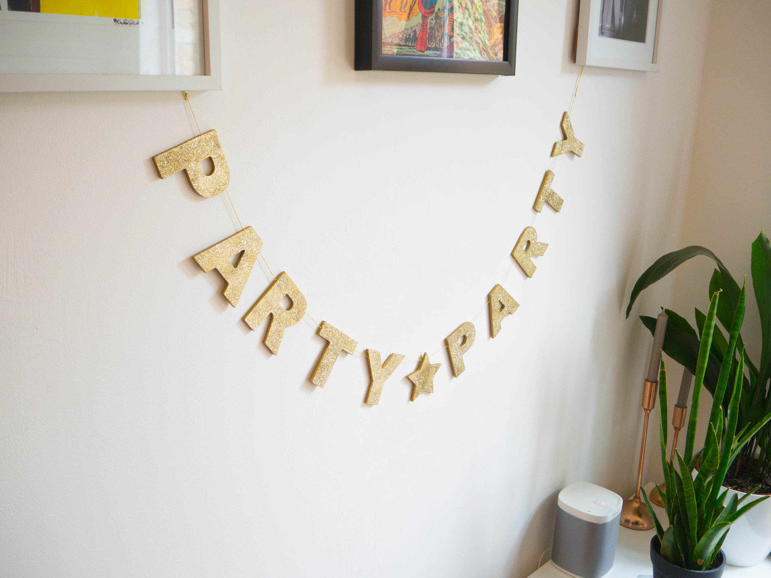 Gisela Graham 'Party Party' Christmas banner.