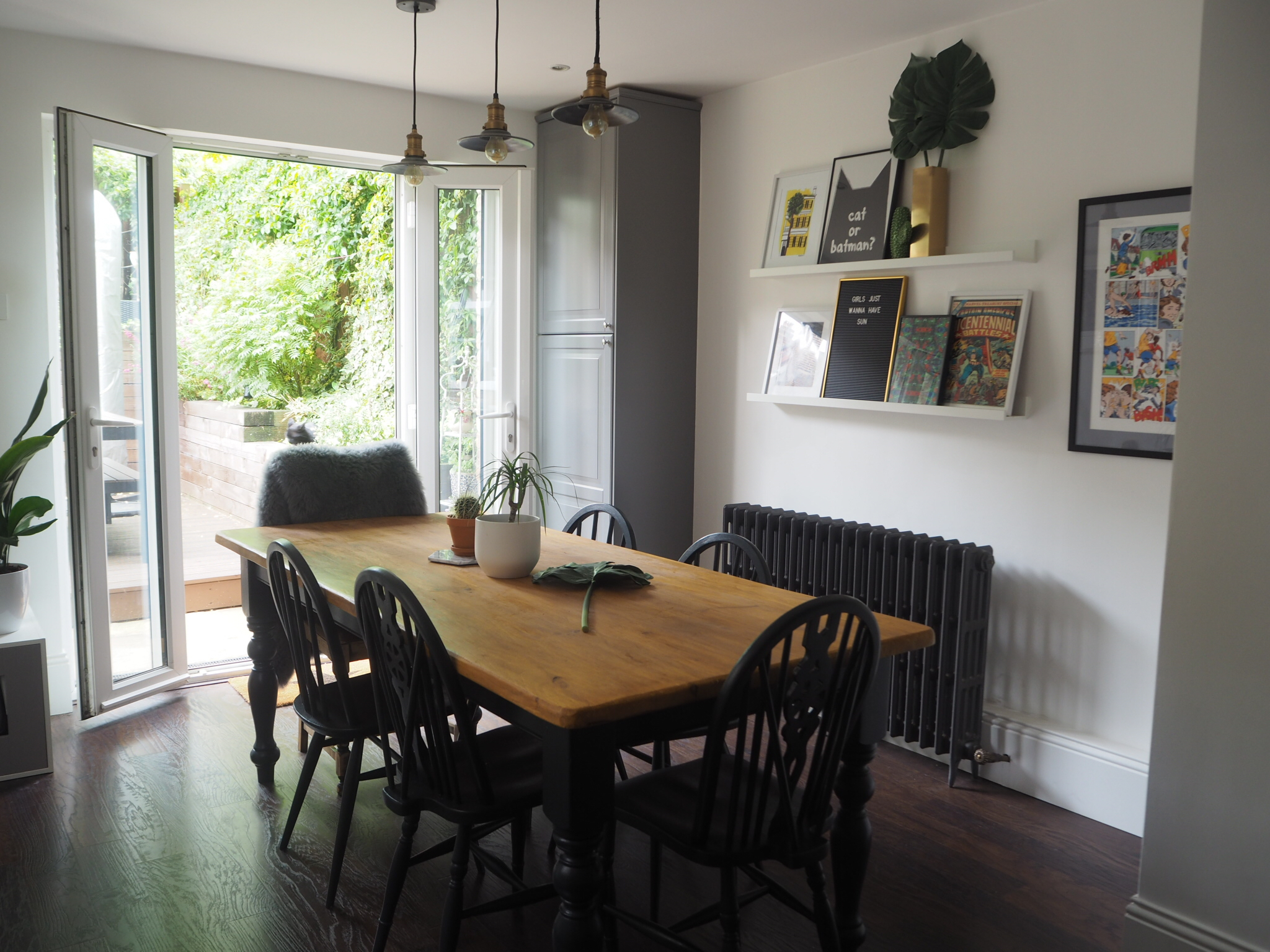 UP-CYCLED DINING TABLE