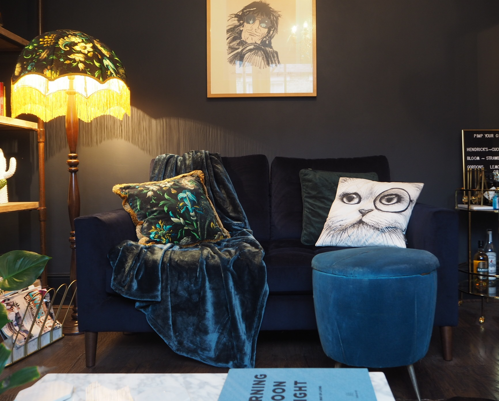Dark mood lounge with cosy textures.