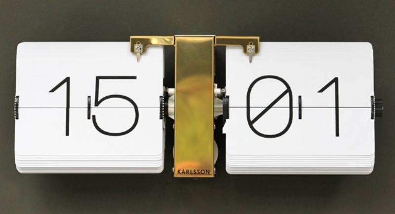 Gold flip clock £119