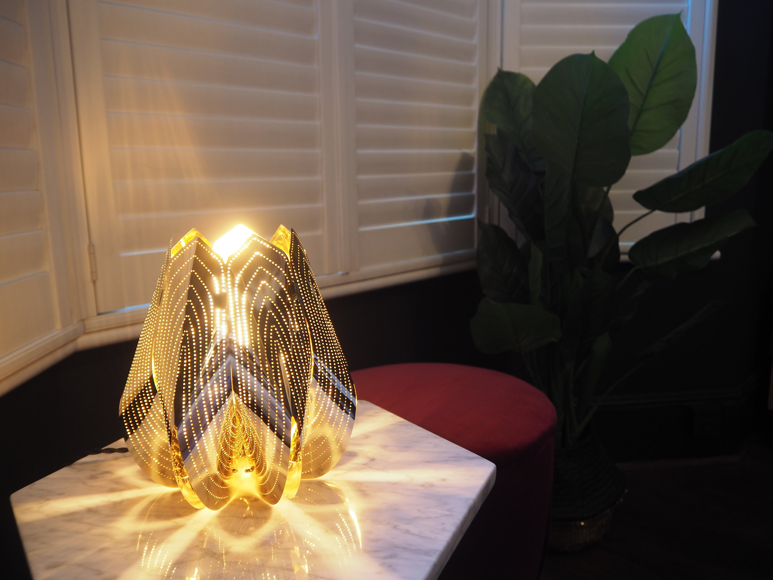 Be & Liv Blossom light in brass